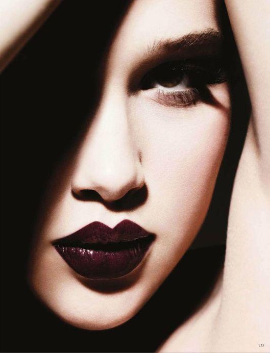 Vogue_Germany_May_2012_2