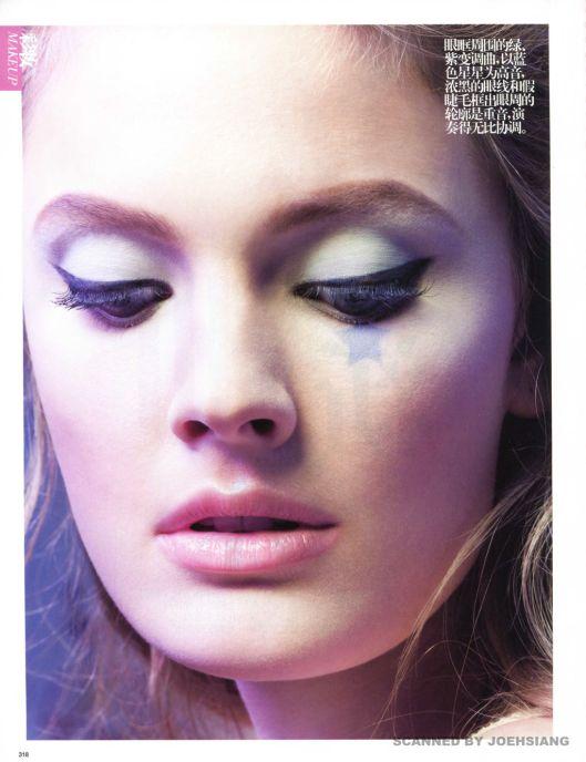 Constance-Jablonski-by-Raymond-Meier-for-Vogue-China-April-2013-3